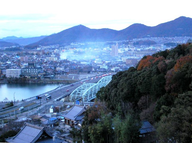 looking down at Twin Bridge Inuyama [051211愛知・犬山市]