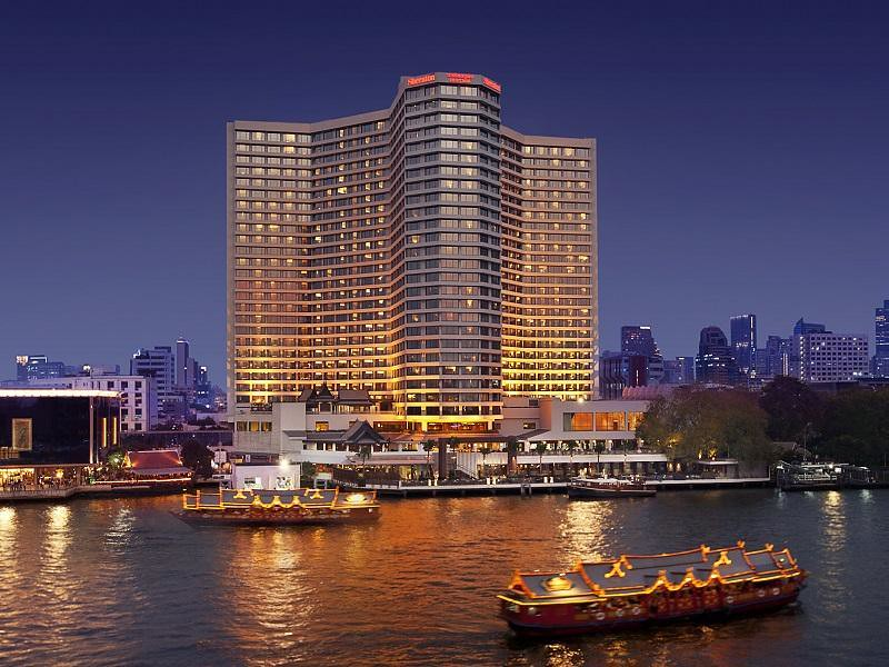 Royal Orchid Sheraton Hotel & Towers 1