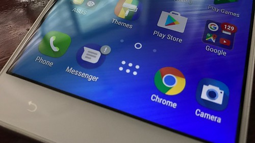 ASUS Zenfone 3 Max ZC553KL ยังคงแบ่ง Home screen กับ App tray อยู่