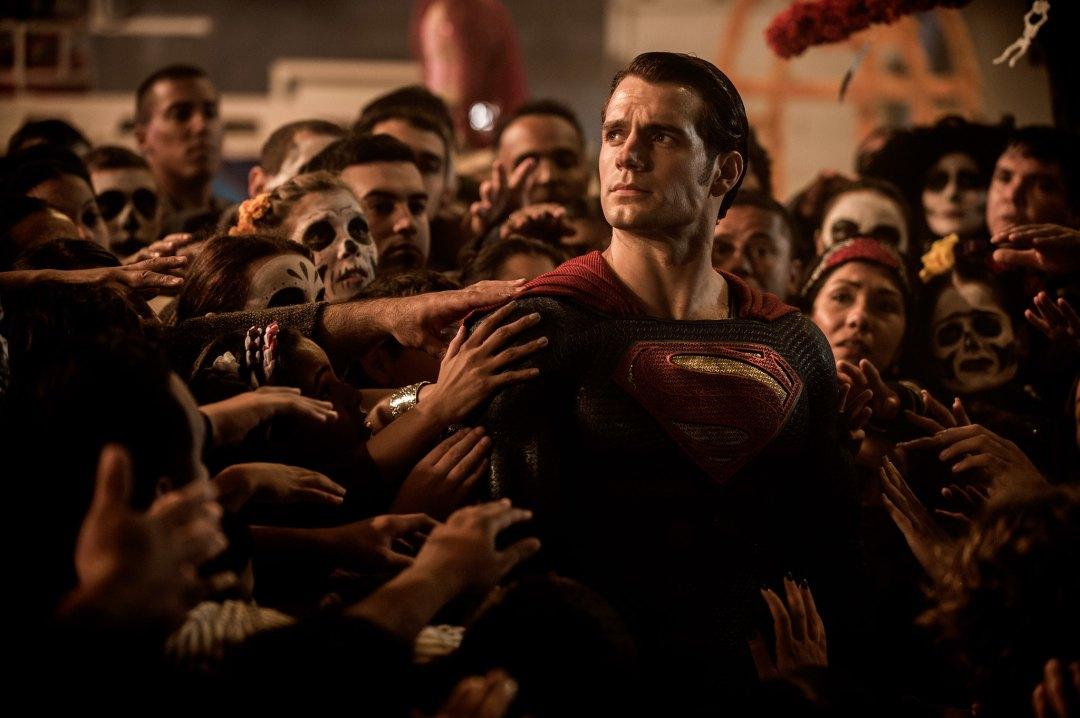 Batman v Superman: Dawn of Justice Photos Released 18