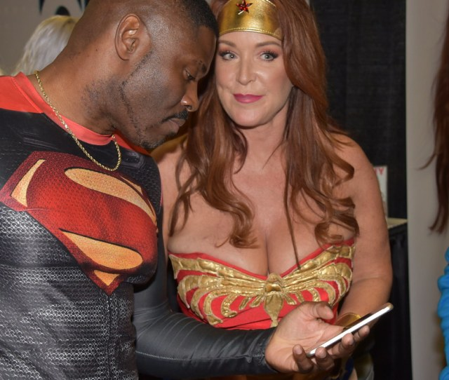 Superman Getting Wonder Womans Number