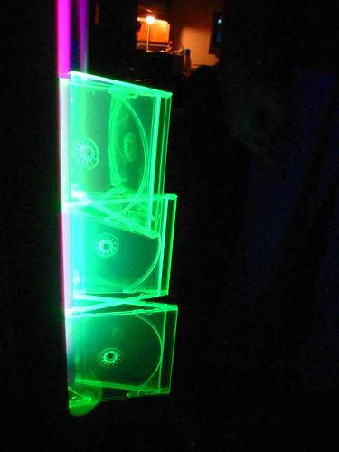 blacklight + reactive CD jewel cases - 3 cases - side - closer - 100-0007