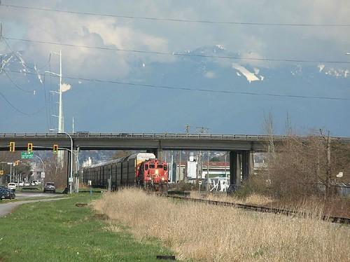 CN 7206 Shell Rd at Hwy 99, Richmond BC 2006_0404