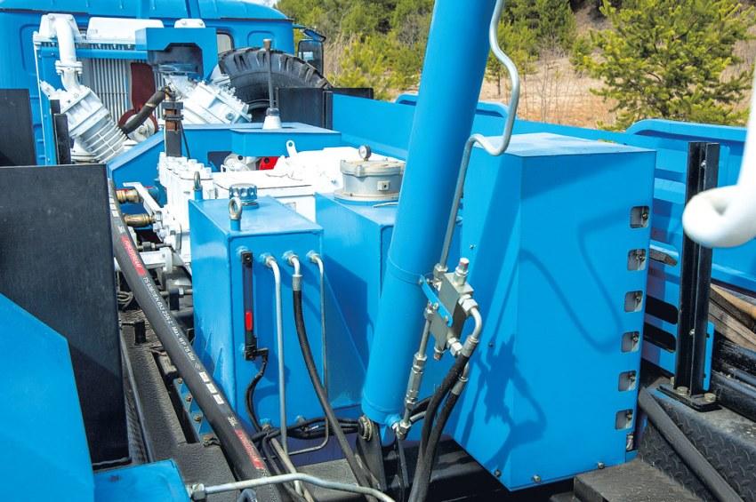 Автономный маслоохладитель гидросистемы установки УРБ-41