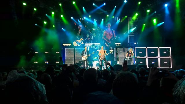 Rock Rock (till you drop) – Def Leppard at South Park, Tampere – Skiffie