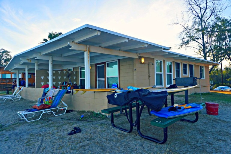 Beach Cottage At Barbers Point Wanderlustyle