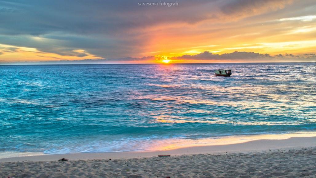 Pantai Pal Likupang