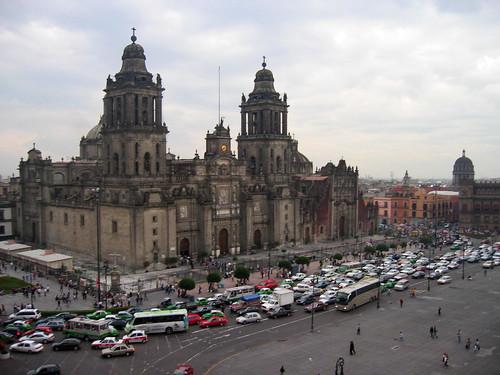 Catedral Nacional de México hundiéndose - CC Daniel Roman