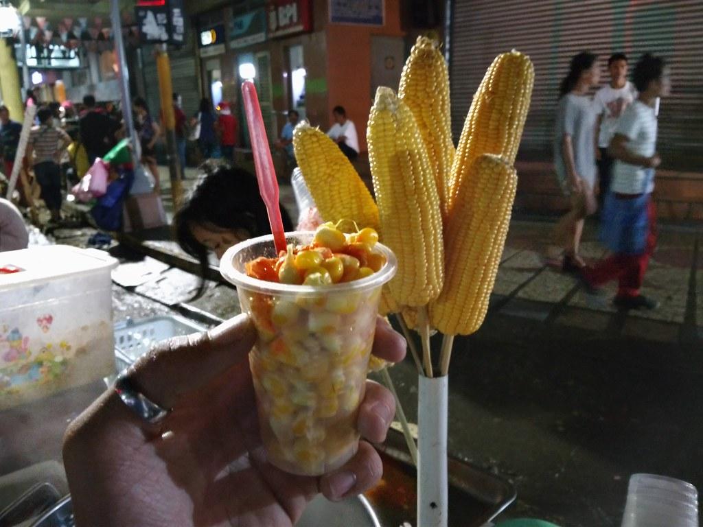 Common   #ZenfoneCaravan #BuiltForPhotography #Zenfonestreet foods you should not miss to try in Colon