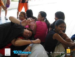 16062003 - FOC.Official.Camp.2003.Dae.1 - Persianz.Playin.IceBreakers - Pic 7