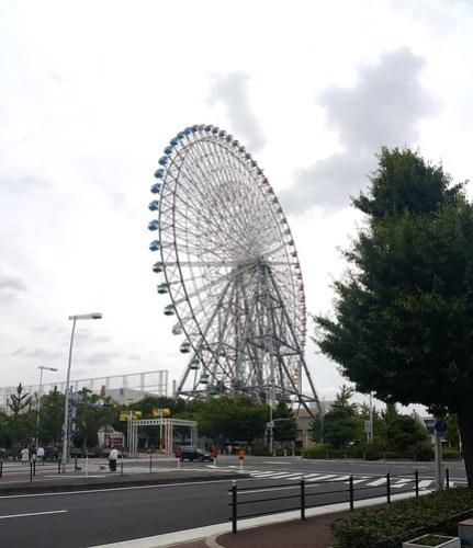 ชิงช้าสวรรค์ขนาดยักษ์ Tenpozan อารมณ์คล้ายๆ London Eye หรือ Singapore Flyer