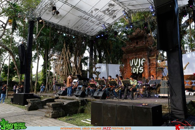 Ubud Village Jazz Festival 2015 - Kirana Big Band (3)