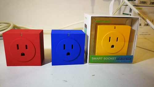 Orvibo Smart Socket S31 มีสามสีให้เลือก