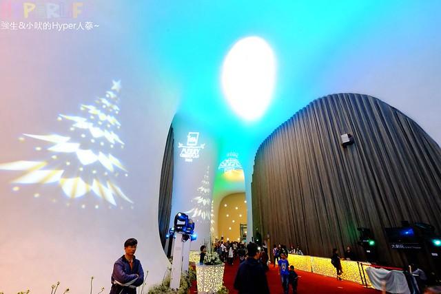 台中歌劇院聖誕燈光秀 (13)