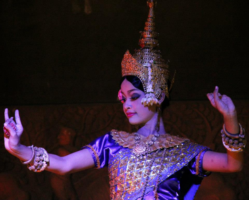 apsara dance was supported and nurtured by the Khmer queen