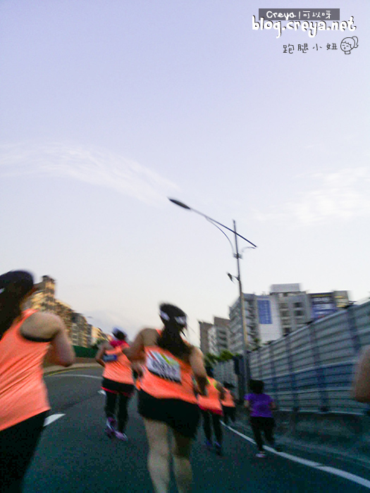 2015.6.22 | 跑腿小妞| 那一年我昏倒的 2015 NIKE #WERUNTPE 女生半馬 女子 WE RUN TPE Taipei 賽事 15