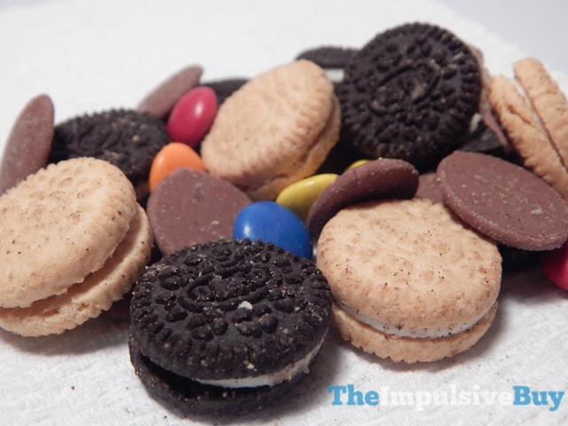 Milka Oreo Choco-Mix Snack Mix 4