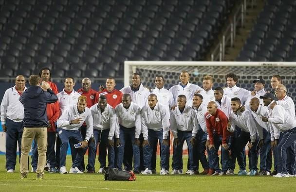 Cuba, motivada por enfrentar a jugadores como Dos Santos y Vela