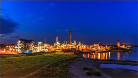 Emmerich am Rhein, Industry and City scape @BlueHour