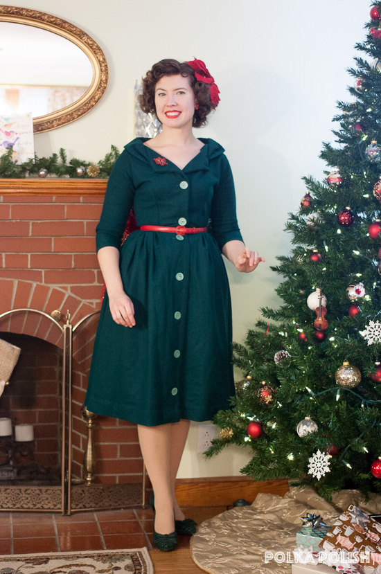 Festive red and green 1950s inspired Christmas holiday outfit
