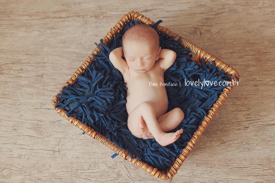 danibonifacio-fotografa-fotografia-newborn-foto-recemnascido-familia-infantil-bebe-acompanhamento-balneariocamboriu-itajai-itapema-blumenau-gaspar-piçarras-navegantes1