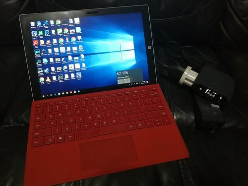 เอา Omnicharge มาชาร์จ Surface Pro 3 เลย