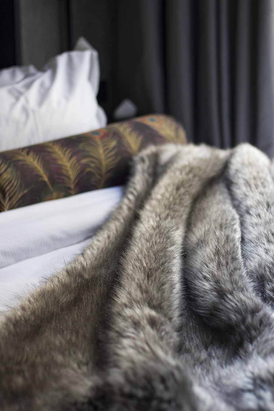 hotel-gotham-king-size-bed-review
