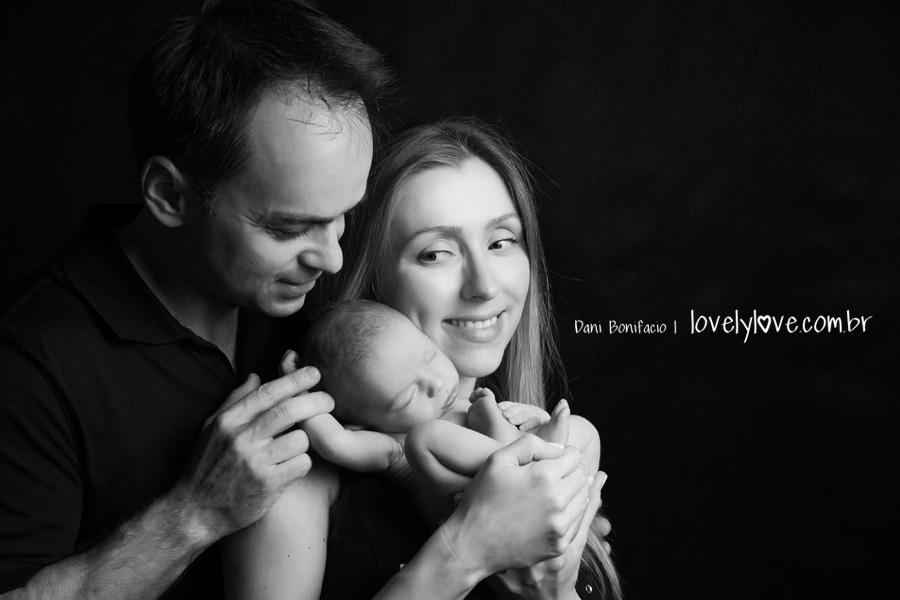 danibonifacio-fotografa-fotografia-newborn-foto-recemnascido-familia-infantil-bebe-acompanhamento-balneariocamboriu-itajai-itapema-blumenau-gaspar-piçarras-navegantes5