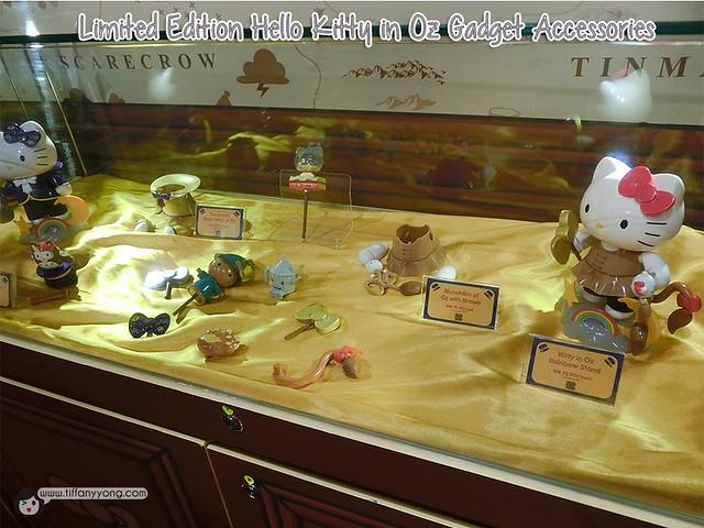 Hello Kitty in Oz Gadget Accessories