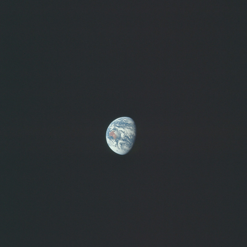 AS17-148-22762