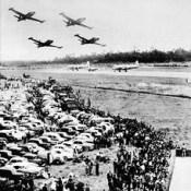 Dia da Força Aérea no Aeroporto de Pedras Rubras, no Porto - Verão de 1957