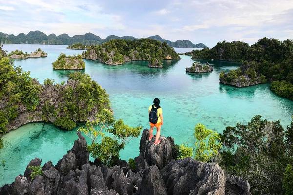 Pulau Kayangan 2