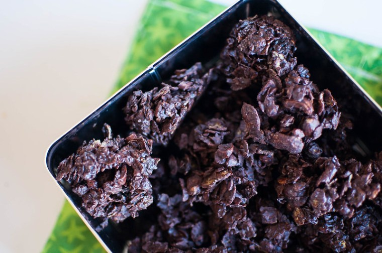 Chocolate and Nut Cornflake Cookies 3