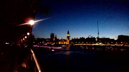 El Big Ben, el Támesis y más de noche