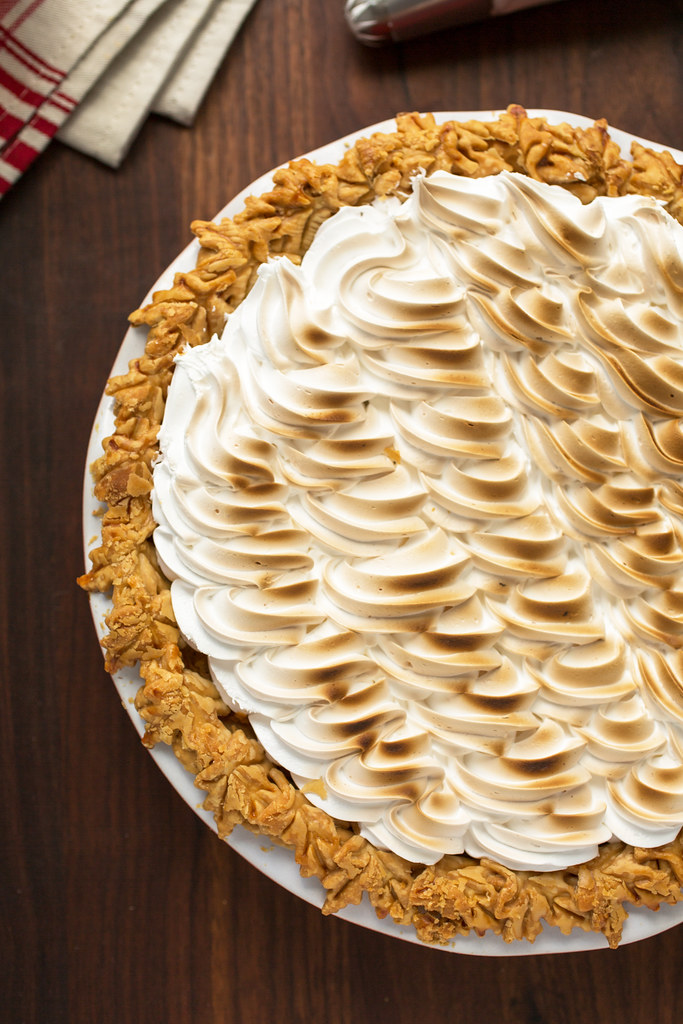 toasted marshmallow pie topping