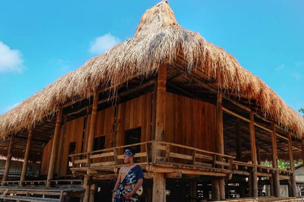Kampung Raja Prailiu 1