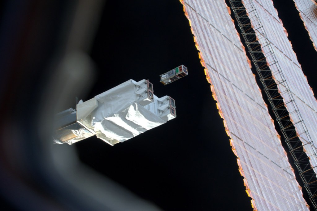 Micro Satellites