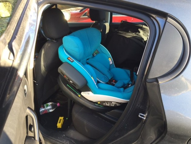 Besafe Modular in a Peugeot 208 2012