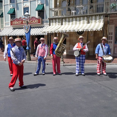 Straw Hat Band。