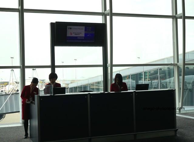 香港空港 ゲート前