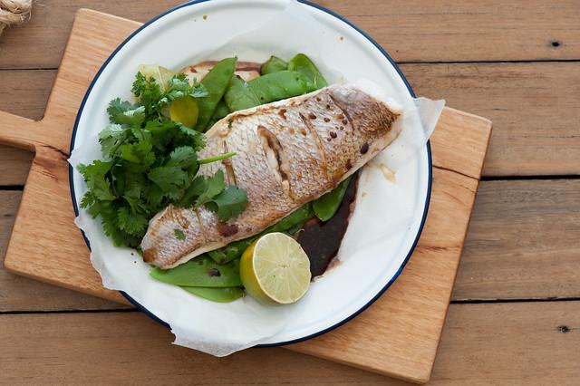 Fast Roast Fish & Snow Peas