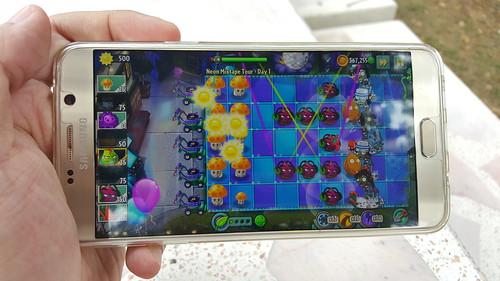 ซื้อ Galaxy Note 5 มา แต่สุดท้ายเกมโปรดก็คือ Plants vs Zombies 2 (ฮา)
