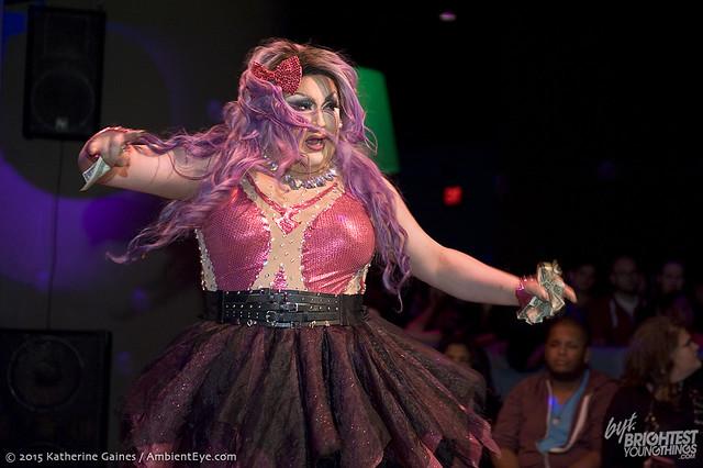 dragshow10-17-37