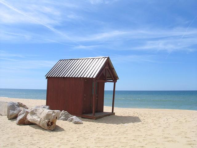 Untuk membeli rumah, anda perlu perhatikan lokasi, lokasi, dan lokasi
