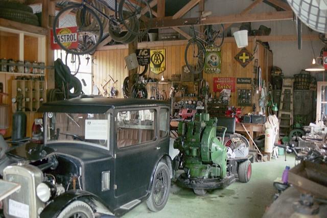 Old Garage Flickr Photo Sharing