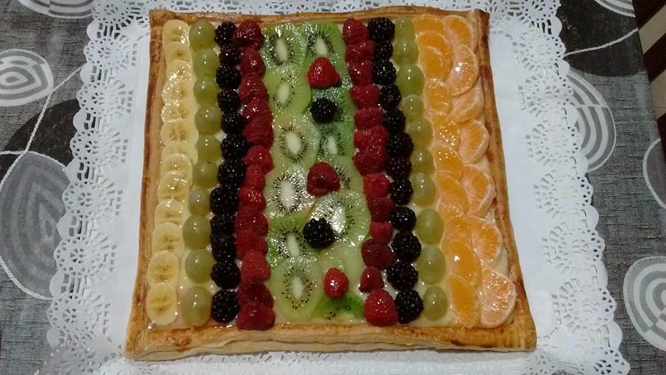 Receta de Tarta de Hojaldre con Frutas