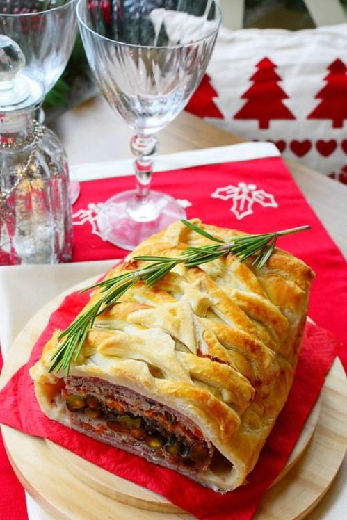 Chicken-puff-pastry-terrine