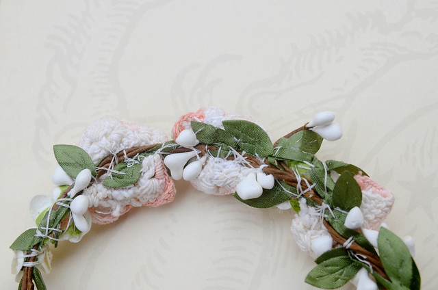 DIY Flower Dog Collar for Weddings