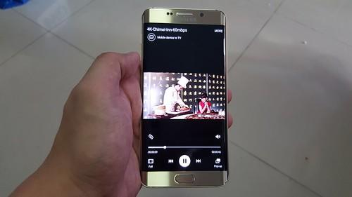 ถ้าเป็นไฟล์วิดีโอในเครื่อง จะสามารถกดให้ไปเล่นบน TV ได้ (ไม่ใช่ Screen mirroring)