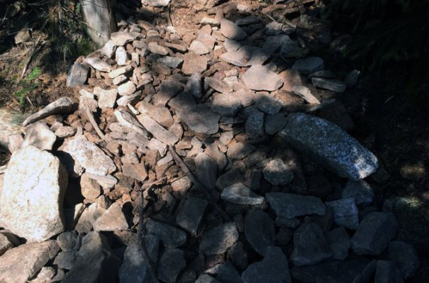 Mt Hancock Loose Rock